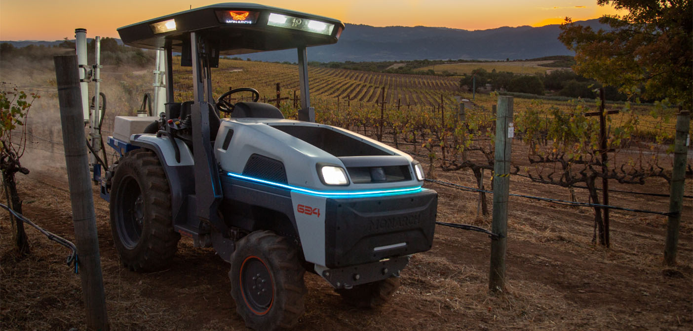 The new tractor is capable of providing 40HP (30KW) of continuous power and short duration peak power up to 70HP (55KW) and costs US$50,000.